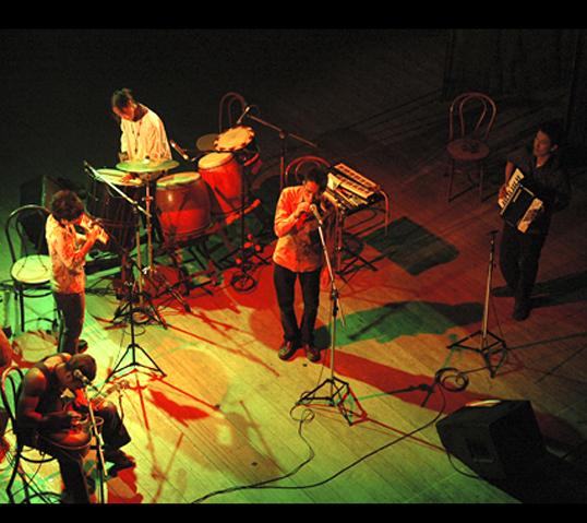 「ひのき屋」トラベリングバンド